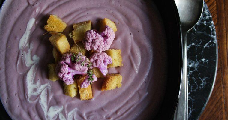 Vellutata di cavolfiore viola, patate e topinambur