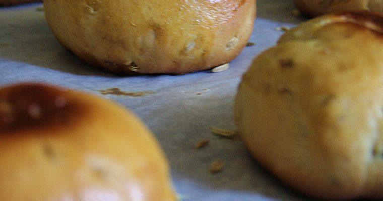 Panini di farina di Kamut  – con semi di finocchio e pecorino –
