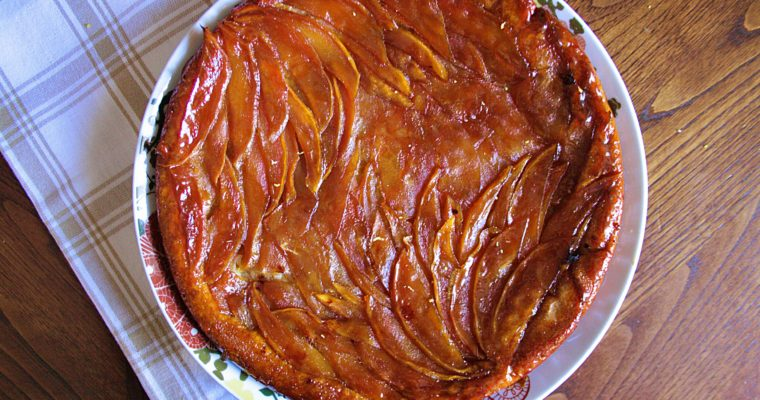 Tarte tatin – con mango, mele e lime –