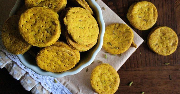 Crackers alla paprika piccante, curcuma e semi di finocchio