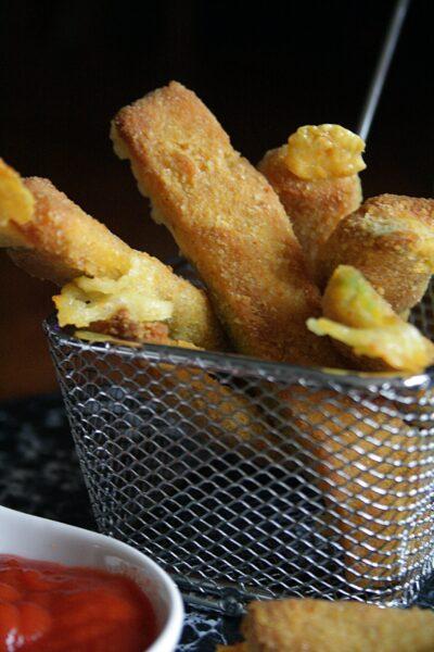 Stick veggie al forno  – di avocado e formaggio –