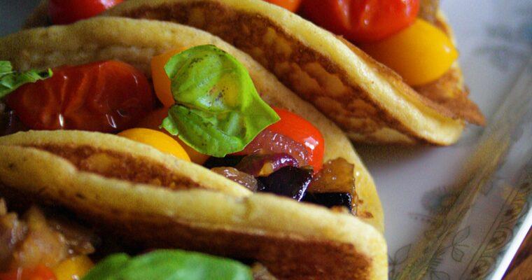 Pancake tacos salati  – con dip di ricotta e basilico –